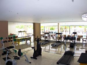 The fitness center and/or fitness facilities at Suites Le Jardin - Caldas Novas