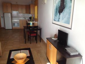 Una cocina o zona de cocina en Chijere Faro del Inglés