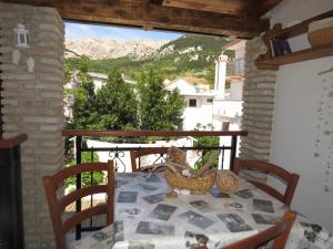 Balkon ili terasa u objektu Apartments Authentic Baska 1