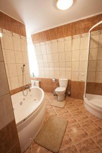 Łazienka w obiekcie Apartament Mikołajki