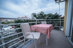 A balcony or terrace at B@B Valbruna