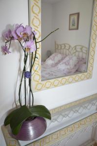 Een stapelbed of stapelbedden in een kamer bij La Grange du Coulin