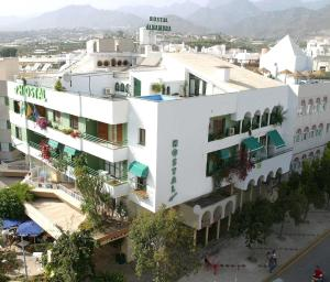 A bird's-eye view of Hostal Alhambra - Adults Only