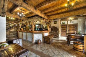 Hol lub bar w obiekcie Dworek Sanocki