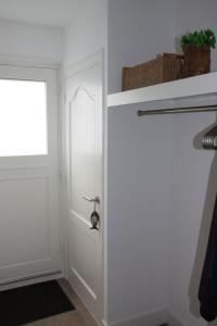 A bathroom at Holiday Home Vreelandseweg