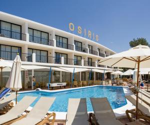 Het zwembad bij of vlak bij Hotel Osiris Ibiza