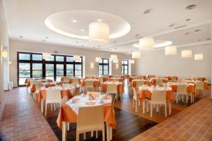 מסעדה או מקום אחר לאכול בו ב-Meteora Hotel at Kastraki