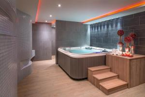 Spa and/or other wellness facilities at Hotel Arkadia Jelcz-Laskowice