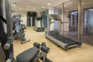 The fitness center and/or fitness facilities at Hotel Arkadia Jelcz-Laskowice