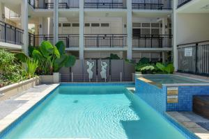 The swimming pool at or close to Paradiso Resort Kingscliff