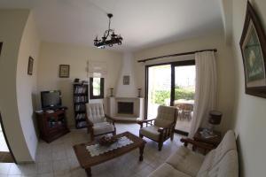A seating area at Eve Pissouri Veriko Villa
