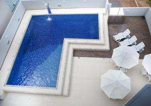 A view of the pool at Hotel Três Fronteiras or nearby