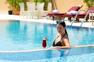 المسبح في فندق موسكو أو بالجوار