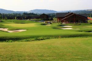 Golf v hotelu nebo okolí