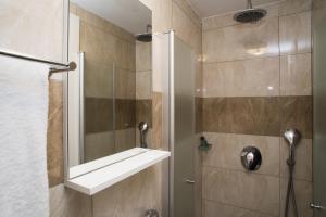 A bathroom at La Perle Hotel