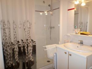A bathroom at L'Esquerade