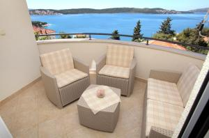 A balcony or terrace at Cvita apartments