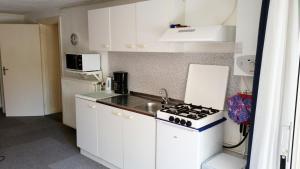 Küche/Küchenzeile in der Unterkunft Appartement in Zandvoort