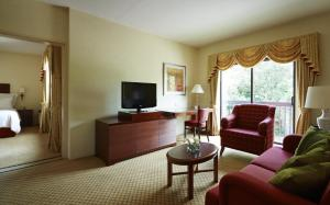 A seating area at Cheshunt Marriott Hotel