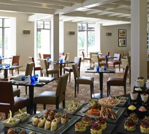 A restaurant or other place to eat at Cheshunt Marriott Hotel