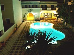 Πισίνα στο ή κοντά στο Levante Beach Hotel