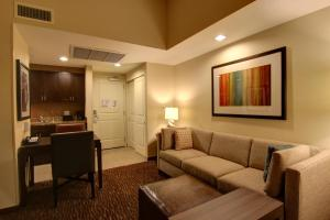 A seating area at Homewood Suites by Hilton Palo Alto