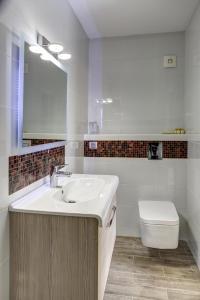 A bathroom at Hotel Duchess