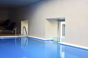 Piscine de l'établissement Pousada de Lisboa - Small Luxury Hotels Of The World ou située à proximité