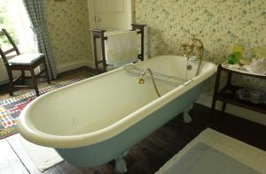 A bathroom at Ballyduff House