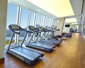 The fitness center and/or fitness facilities at Radisson Blu Hotel Batumi