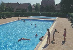 Guests staying at VVF Villages « Le Parc des Chênes » Sorges-en-Périgord