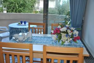 Restaurant ou autre lieu de restauration dans l'établissement Residence Du Parc