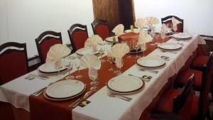 Ресторан / где поесть в APH Infanta Mercedes