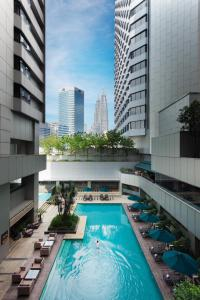 A view of the pool at DoubleTree By Hilton Kuala Lumpur or nearby