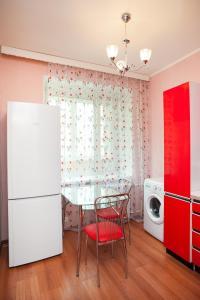 Кухня или мини-кухня в Апартаменты Moskva4you Новокузнецкая