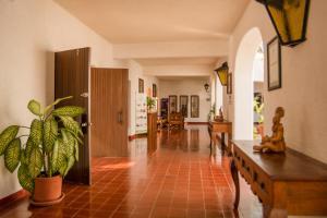 The lobby or reception area at Villas Arqueologicas Chichen Itza