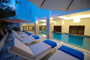 Der Swimmingpool an oder in der Nähe von Lantana Boutique Hoi An Hotel