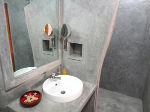 Ванная комната в French Lotus