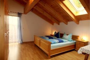 Ein Bett oder Betten in einem Zimmer der Unterkunft Fluchthäusl