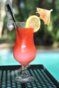 Drinks at Cresta Marang Gardens Hotel