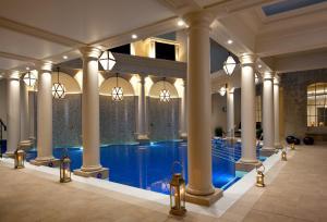 Piscine de l'établissement The Gainsborough Bath Spa - YTL Classic Hotel ou située à proximité