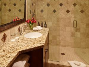 A bathroom at Teton Mountain Lodge and Spa, a Noble House Resort