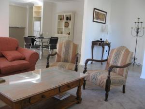 A seating area at The Villa Kyabram