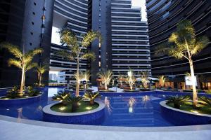 The swimming pool at or close to Landscape Fortaleza 1506 Diamond
