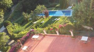 Uma vista da piscina em Hotel Sintra Jardim ou nos arredores
