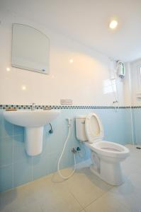 A bathroom at House No.11