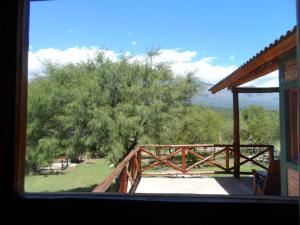 Un balcón o terraza en Cabañas Intihanan