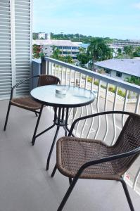 A balcony or terrace at Southern Cross Hotel