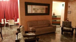 Zona de estar de Hotel Redi