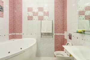 A bathroom at Business Apartments on Chistopolskaya